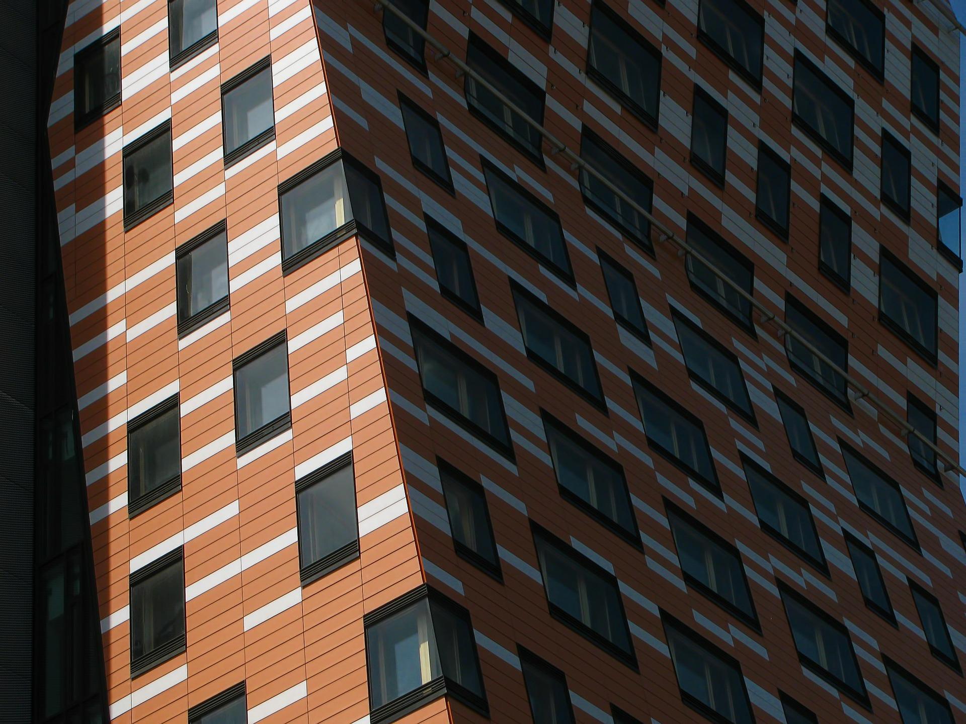 building-212526_1920